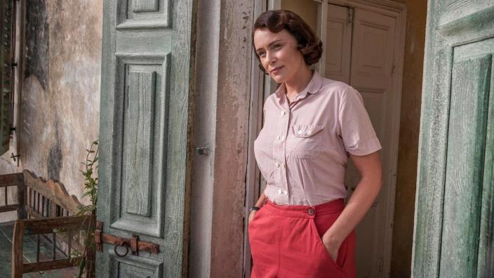 Louisa Durrell (Keeley Hawes) (Photo: Courtesy of Sid Gentle Films for ITV and Masterpiece)