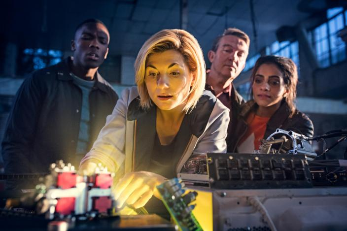 "Jodie Whittaker, Mandip Gil, Bradley Walsh and Toisin Cole in ""Doctor Who"" Season 11 (Photo: BBC America)"