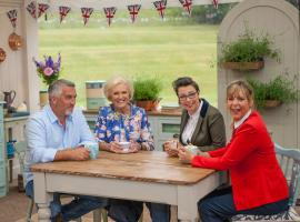 "Paul Hollywood, Mary Berry, Sue Perkins and Mel Giedroyc in ""The Great British Baking Show."" (Photo:  © Mark Bourdillion/Love Productions)"