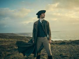 "More dashing jackets! More gorgeous scenery! More ""Poldark""! (Photo: Courtesy of Robert Viglasky/Mammoth Screen for MASTERPIECE)"