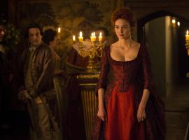 Demelza looks amazing - that dress! (Photo: Courtesy of Mammoth Screen for BBC and MASTERPIECE)