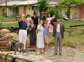 The Durrells bid Aunt Hermione farewell  (Photo Credit: Courtesy of Joss Barratt for Sid Gentle Films & MASTERPIECE)