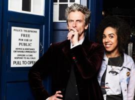 Peter Capaldi, Pearl Mackie and the TARDIS. (Photo: BBC)