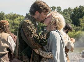 "Gwilym Lee and Naomi Battrick in ""Jamestown"" (Photo: Carnival Films Ltd 2017)"
