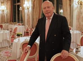 "Julian Fellows during ""Downton Abbey"" Season 6 promotion (Photo: Masterpiece/Carnival Films)"