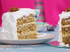 "Mary Berry's Frosted Walnut Cake was ""The Great British Baking Show""'s Technical Challenge (Photo: Love Productions)"