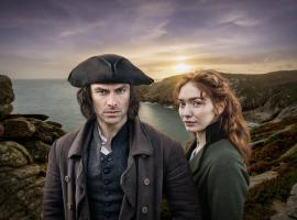 "Ross and Demelza in the new BBC ""Poldark"" Season 5 key art (Photo: BBC)"