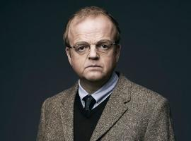 "Toby Jones in a publicity shot from one of his more recent roles on FOX's ""Wayward Pines"". (Photo: FOX/FOX Broadcasting)"