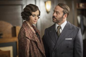 776190d5c9a8 Jeremy Piven and Katherine Kelly in