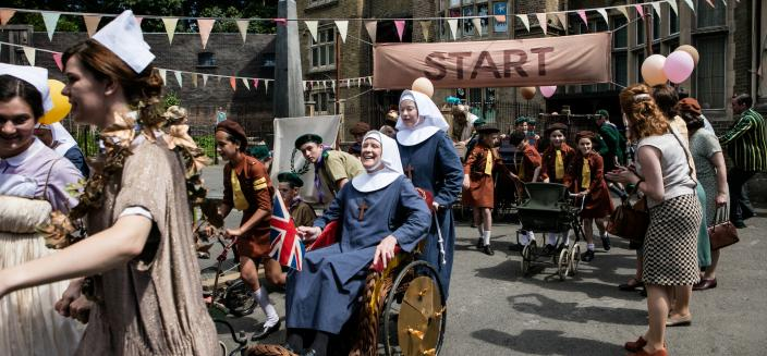 Sisters Monica Joan (Judy Parfitt) and Winifred (Victoria Yates) enjoy the Chariot Races   (Photo: Courtesy of Neal Street Productions 2016)
