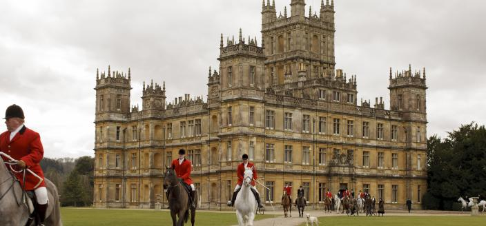 Time to start saying our goodbyes to Highclere Castle (Photo: Courtesy of Nick Briggs/Carnival Film & Television Limited 2015 for MASTERPIECE)