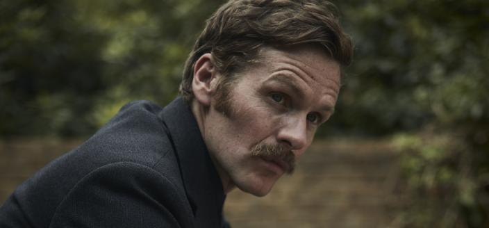Shaun Evans and his Season 6 facial hair (Photo: Courtesy of Jonathan Ford and Mammoth Screen/ITV Studios/MASTERPIECE)