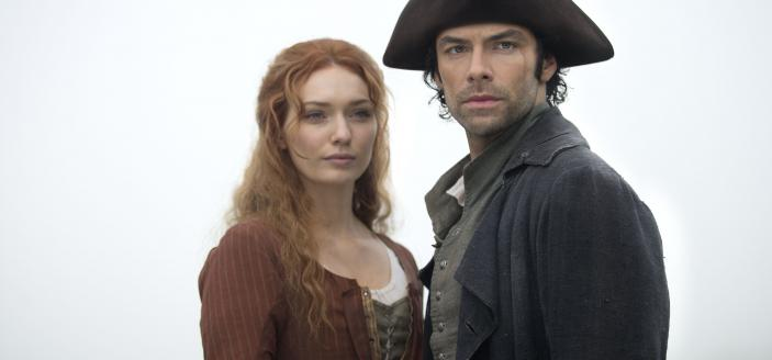 "Ross and Demelza look happier in this ""Poldark"" Season 3 clip. (Photo:  Courtesy of Adrian Rogers/Mammoth Screen for BBC and MASTERPIECE)"