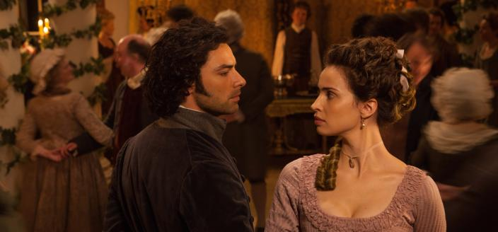 Ross and Elizabeth have a moment. (Photo: Courtesy of (C) Robert Viglasky/Mammoth Screen for MASTERPIECE)