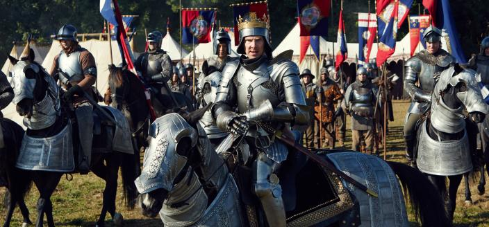 "Benedict Cumberbatch in full ""Richard III"" gear for ""The Hollow Crown The Wars of the Roses"" (Photo:  Courtesy of Robert Viglasky © 2015 Carnival Film & Television Ltd )"