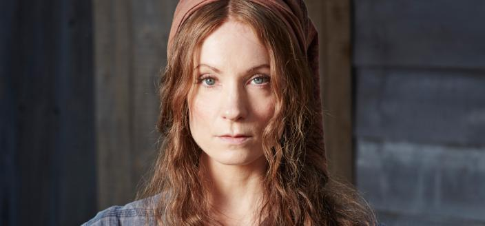 "Joanne Froggatt as Mary Cotton in ""Dark Angel"" (Photo: Courtesy of ©JustinSleePhotography2015/MASTERPIECE)"