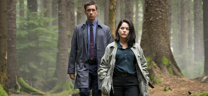 "Killian Scott and Sarah Greene in ""Dublin Murders"" (Photo: BBC/Starz)"