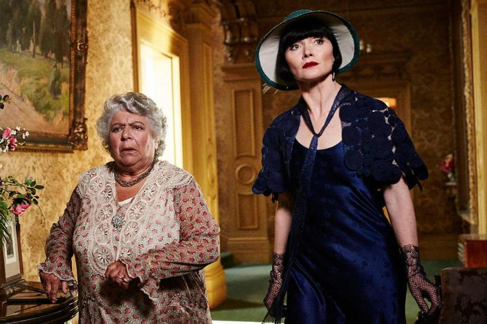 """Miss Fisher's Murder Mysteries' Season 3, Episode 5 Recap: """"Death &  Hysteria"""" 