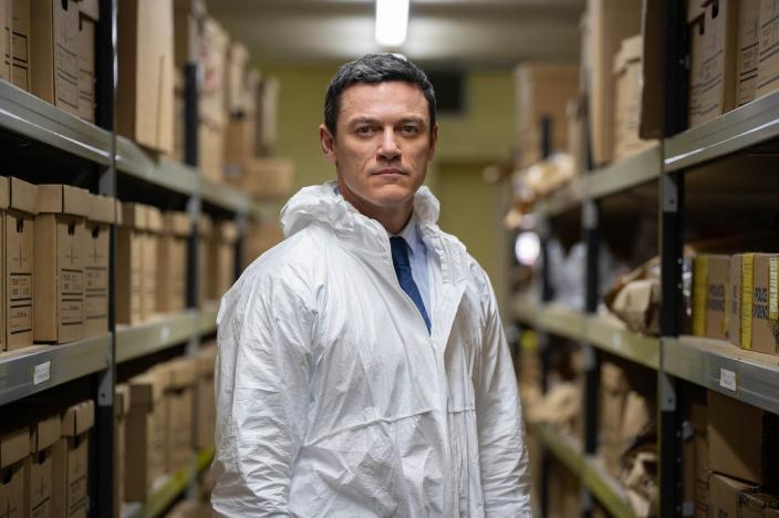"Luke Evans in ""The Pembrokeshire Murders"" (Photo: Britbox)"