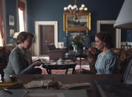Eleanor Roosevelt (Harriet Sansom Harris) and Crown Princess Märtha (Sofia Helin). Credit: Courtesy of MASTERPIECE