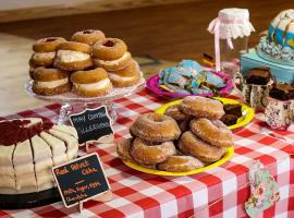 'Flour Power' Cake and Pastry Offerings