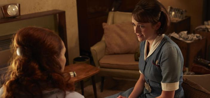 Barbara Hereward (Charlotte Ritchie) with new patient Pearl Davidson (Kelly Campbell) (Photo Credit: Courtesy of Neal Street Productions 2017