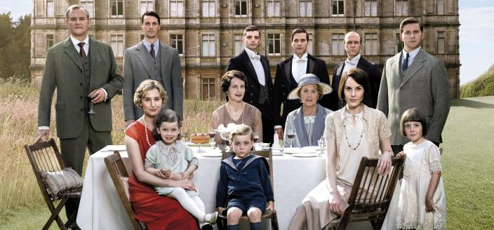 """""""Downton Abbey"""" series finale key art (Photo Courtesy of (C) Nick Briggs/Carnival Film & Television Limited 2015 for MASTERPIECE)"""