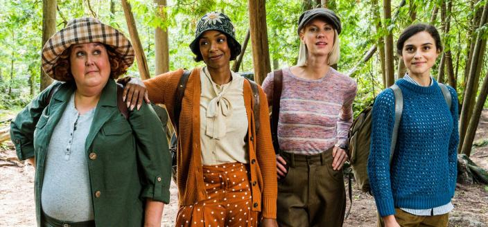 Sharron Matthews as Flo, Chantel Riley as Trudy, Lauren Lee Smith as Frankie, and Rebecca Liddiard as Mary in The Frankie Drake Mysteries