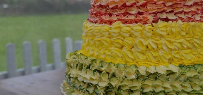 Tom's Floral Tea Cake Showstopper (Photo: Courtesy of Tom Graham)