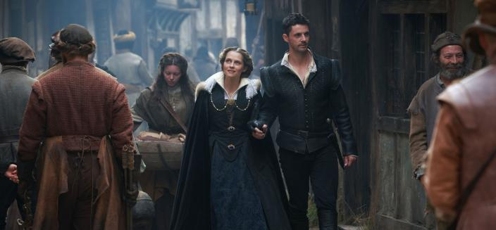 """Teresa Palmer and Matthew Goode in """"A Discovery of Witches"""" (Photo: Sundance Now)"""