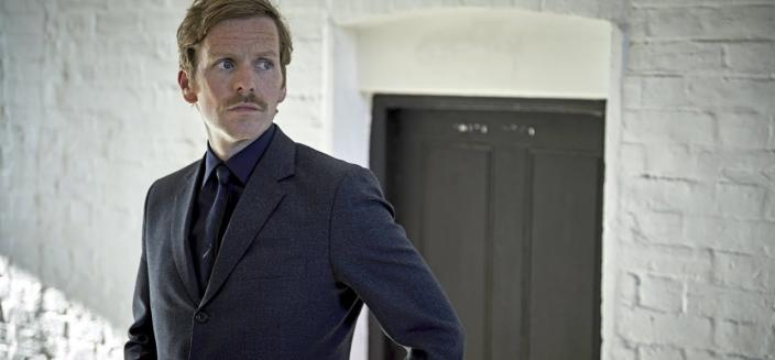"Shaun Evans in ""Endeavour"" Season 6 ​(Credit: Courtesy of Jonathan Ford and Mammoth Screen/ITV Studios/MASTERPIECE)"