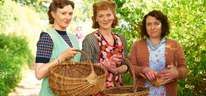 """Some of the ladies of """"Home Fires""""  (Photo: Courtesy of © ITV Studios for MASTERPIECE)"""