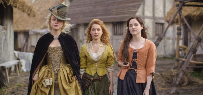 """Sophie Rundle, Niamh Walsh and Naomi Battrick in """"Jamestown"""". (Photo: © Carnival Film & Television Ltd. 2017)"""