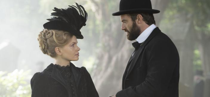 """Kate Phillips and Stuart Martin in """"Miss Scarlet and the Duke"""" (Photo: A&E International)"""