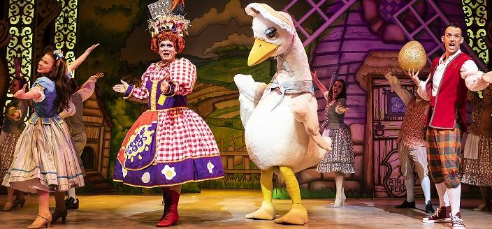 Shropshire Council's Theatre Severn, Shrewsbury. Mother Goose. Photo: Pamela Raith