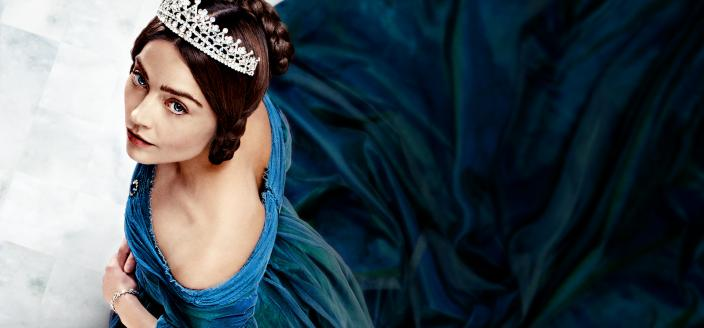 Long live Victoria and this iconic blue dress. (Photo: Courtesy of ITV Plc/MASTERPIECE)